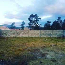 En Venta Terreno en Ricaurte, Plano con Permiso de construcción