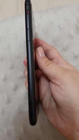 Iphone 7 Telefono seminuevo pero funciona con r-sim a $150 y lo desea liberado $270