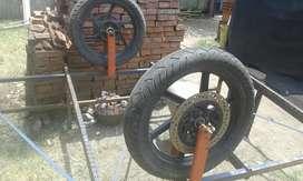 carro de caño con ruedas de moto grandes , medidas 180 x 170