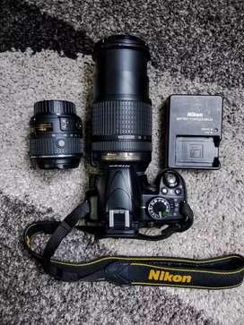 Se Vende cámara Nikon D3100 con lente 18-140 3.5mm. Excelente estado