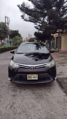 Venta de auto Toyota Yaris 2015