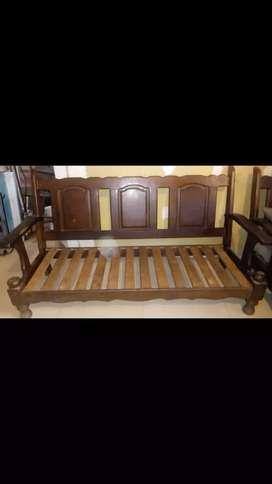 Vendo sillón de algarrobo de tres cuerpos