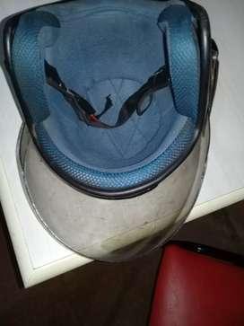 Vendo casco en buen estado