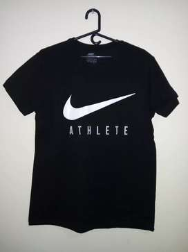 Camisa Nike negra
