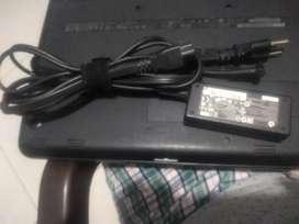 Se vende Cargador de portatil HP