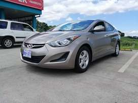 HYUNDAI ELANTRA vendo o cambio por pick up