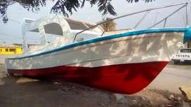 Se vende yate de turismo para 17 personas con motor 75hp yamaha