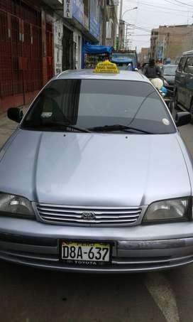 Venta de auto Taxi Nissan
