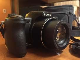 Cámara Sony Cibershot DSC-H50  Excelente Estuche