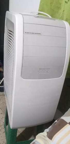 Se vende aire acondicionado 12.000 btu electrolux