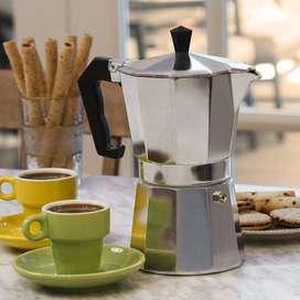 Cafetera Moka en Aluminio Tipo Italiana de 6 tazas