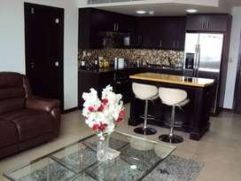Departamento de alquiler en Puerto Santa Ana, tres dormitorios, Vista al Río.