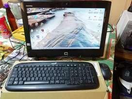 Computador marca compaq