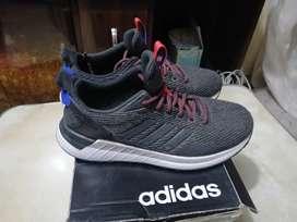 Vendo zapatilla Adidas