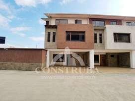 Casa en venta en Cuenca en condominio sector Unidad Nacional149000