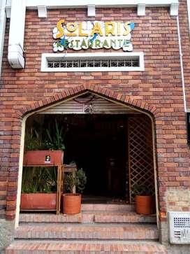OPRTUNIDAD frente a DEFENSORIA DEL PUEBLOvendo montaje para restaurante y cedo local, SUPER BIEN UBICADO,