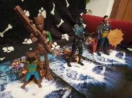 Extraordinaria Colección de figuras de acción marvel x9