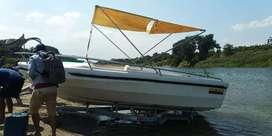 Vendo lindo bote para 8 personas