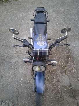 AKT 150 CC Edición Especial