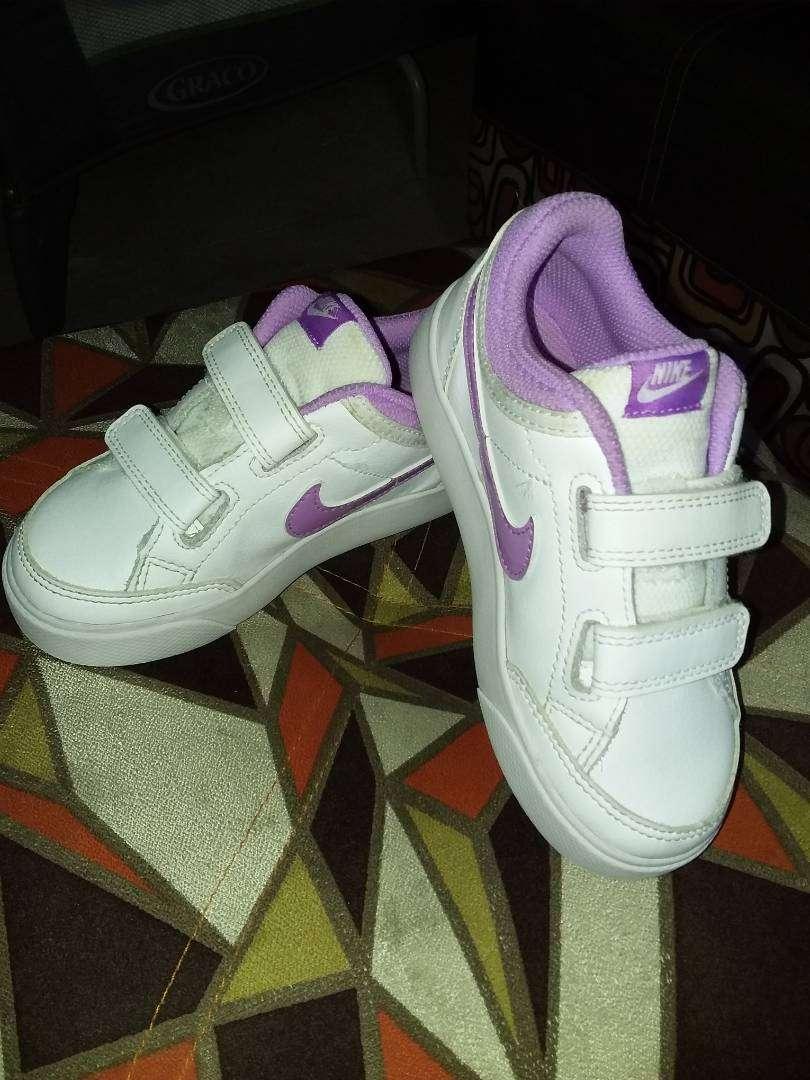 Zapatos nike 0