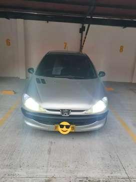 Se vende o se cambia Peugeot 206