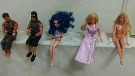 Cambio o vendo Muñecas Barbie y otros