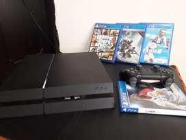 Se vende PlayStation 4