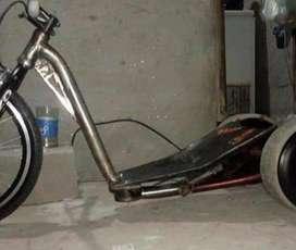 Vendo cuadro y eje Drift Trike