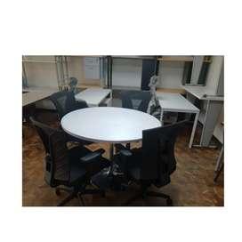 Mesa para juntas 4 puestos