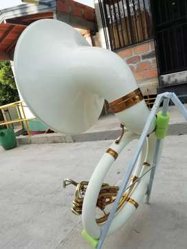 Sahoxaphone tuba king
