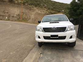 Toyota Hilux 2015 (4x4), Doble Cabina -DX Pack
