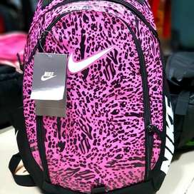 Bolso Morral Nike Pink Lateral