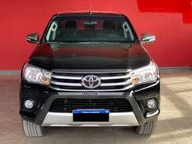 Toyota Hilux Srv 4x2 6m Excelente Estado