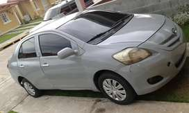 Se vende yaris del 2009 manual