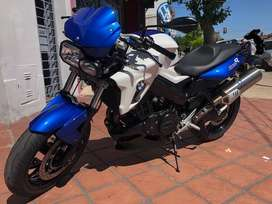 BMW F800R 2013 VTV 5,000 KMS IMPECABLE PERMUTO AUTO            TITULAR