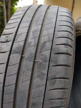 Neumatico Michelin 205/55/R16 usado