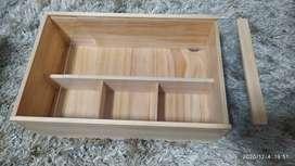 Cajas elegantes de madera para vinos y anchetas