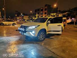 TOYOTA FORTUNER 2016 IMPECABLE 4X4 AUTOMATICO DIESEL