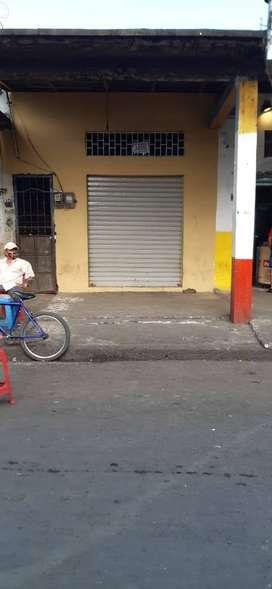 Arriendo local comercial en el centro de  Machala ubicado en 9 de mayo entre pasaje y boyaca.