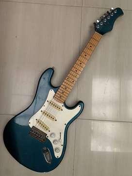 guitarra electrica HONDO DELUXE SERIES 760
