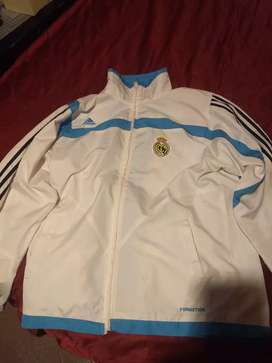 Campera Adidas real Madrid