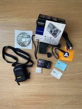 Vendo Cámara digital Sony Cyber-shot DSC-W580