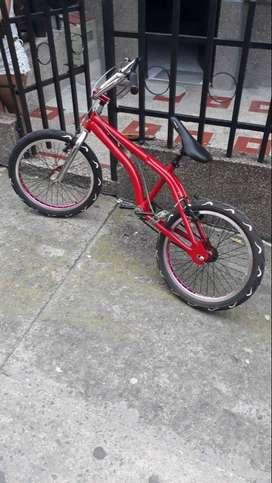 Bicicleta lancer 10/10 negociable