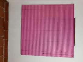 Persiana en PVC / 140x140cm