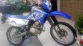 Vendo moto Yamaha XTZ 250 en excelentes condiciones