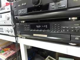 Compact dísc téchnics SL PD 9