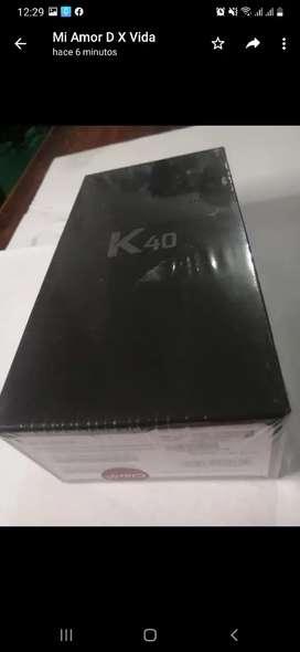 Teléfono LG K40