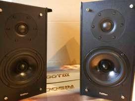 Vendo Monitores Potenciad Edifier R00iii