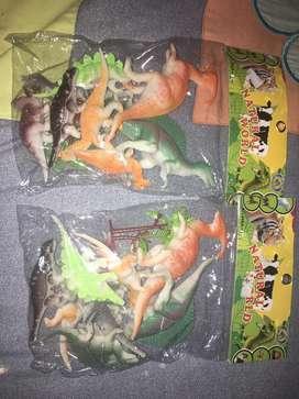 Dinosaurios $350 los dos