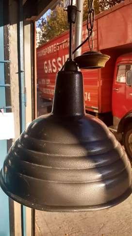 Antigua lámpara de techo retro excelente estado y funcionando
